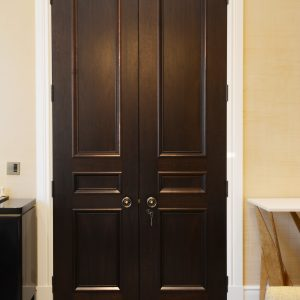 Door type: Windsor3BD Panel mould: APM2 Finish: Dark Walnut