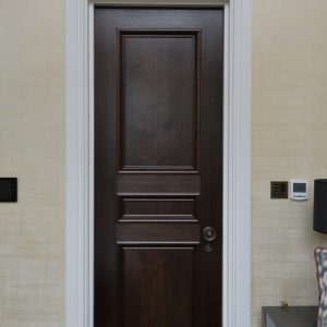 Door type: Windsor3B Panel mould: APM2 Finish: Dark Walnut