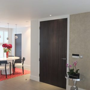 Door Type: Flush Finish: Limerston dark stained oak
