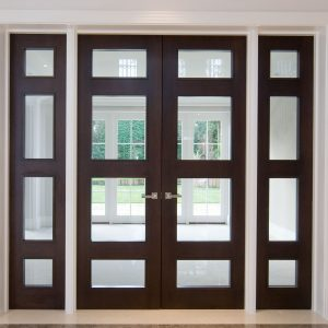 Door Type: Windsor4ADG Finish: Dark Walnut